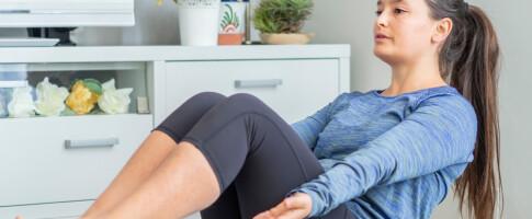 Image: Styrke magemusklene? Her er 3 knallgode øvelser