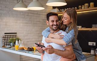 Image: 8 ting lykkelige par gjør for å bevare gnisten