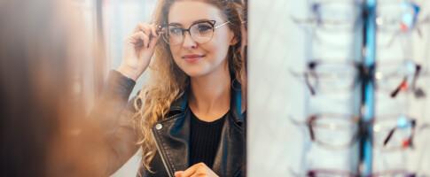 Image: Prissjokk på briller: Fra 1493 til 12 258 kroner