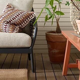Image: Slik maler du utemøblene (det er faktisk kjempeenkelt!)