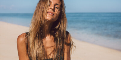 Image: Blir du like brun av sola selv om du har påført selvbruning?