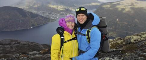 Image: To uker etter at Elise og Gjermund ble foreldre, tok han sitt eget liv