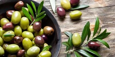 Image: Vet du forskjellen på grønne og sorte oliven?