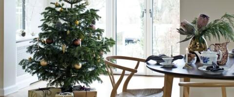 Image: Christina elsker julen, og klarer ikke å vente helt til desember