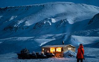 Image: Cecilia bor i en hytte på Svalbard