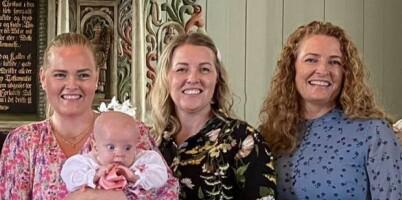 Image: Søstrene Christina, Linda og Rina overlevde to dødelige naturkatastrofer