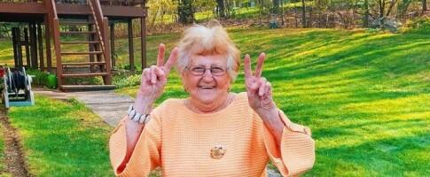 Image: 90-åringen er vår nye favorittinfluenser