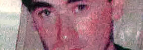 Image: James drepte og voldtok utkledd som Travolta