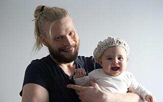 Image: Tor-Arne har strikkedilla: - Jeg blir kalt kjerring og homo