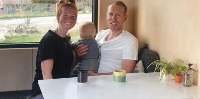 Image: Guro, Mats og lille Erling bor på bare 18 kvm