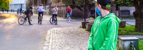Image: Mor til tenåring: - På ungdomsskolen er det plutselig greit å ekskludere