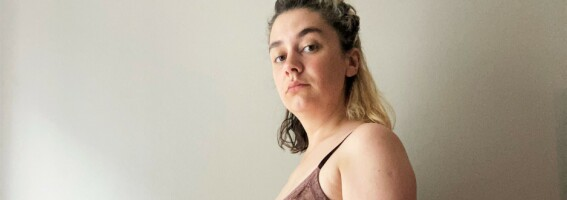 Image: Delte magemuskler: Julie fikk beskjed om å slanke seg