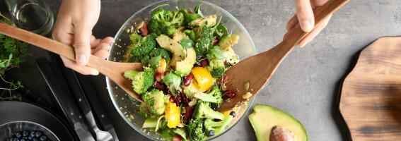 Image: Disse enkle grepene på kjøkkenet kan gjøre det lettere å spise sunt