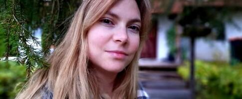 Image: Mette-Kristin har menstruell migrene: – Jeg ligger i fosterstilling med kramper